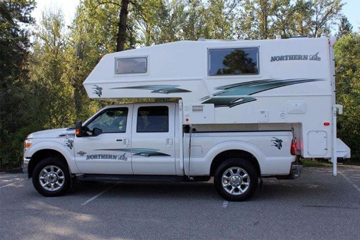 Northern Lite Classic Series Truck Camper