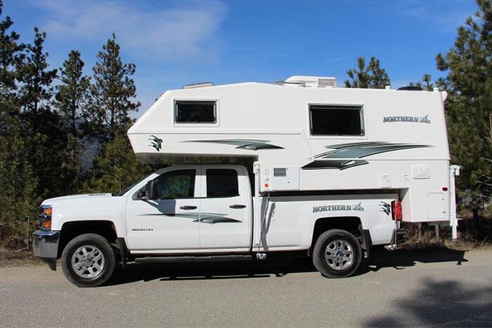 Northern Lite Ten 2000 Truck Campers