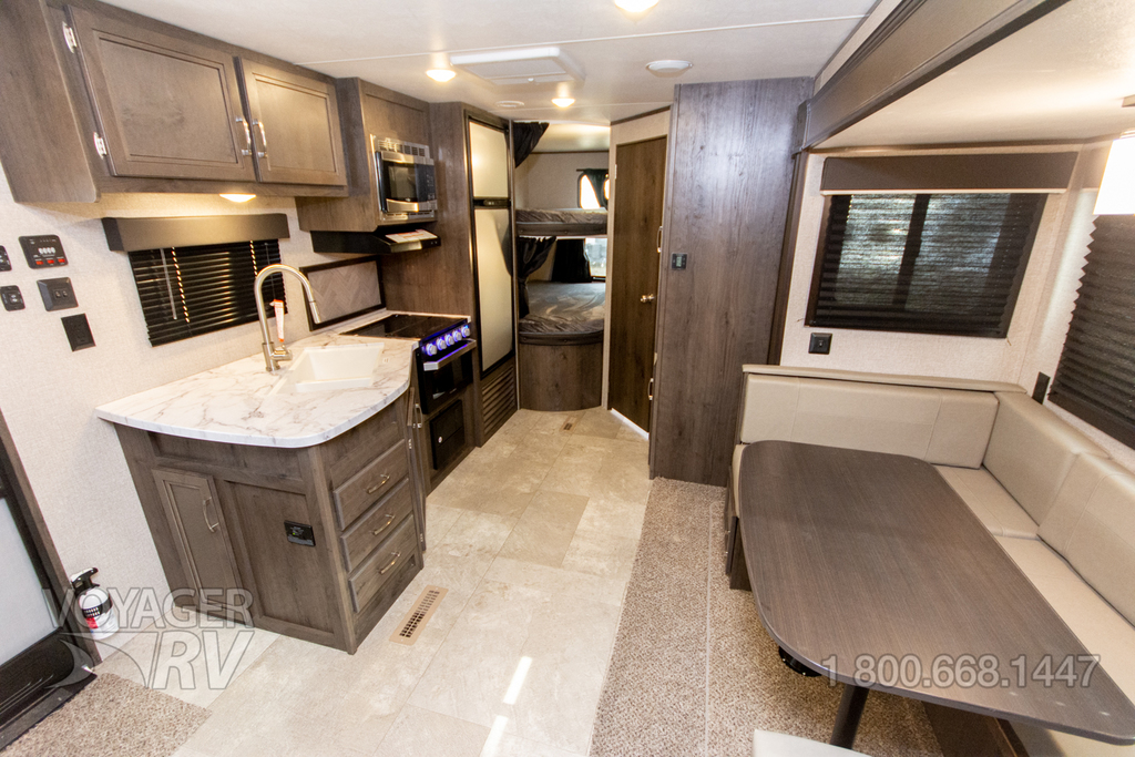 2021 Jayco Jay Flight 242BHSW Rocky Mountain
