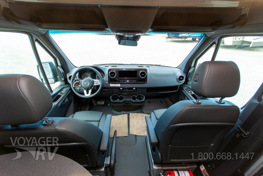 2022 Winnebago Revel 44E 4WD