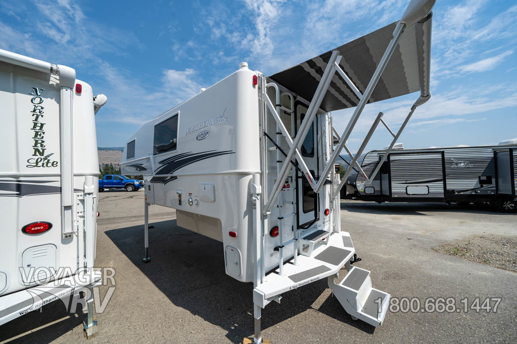 2021 Northern Lite 9.6 Queen Classic Limited Edition