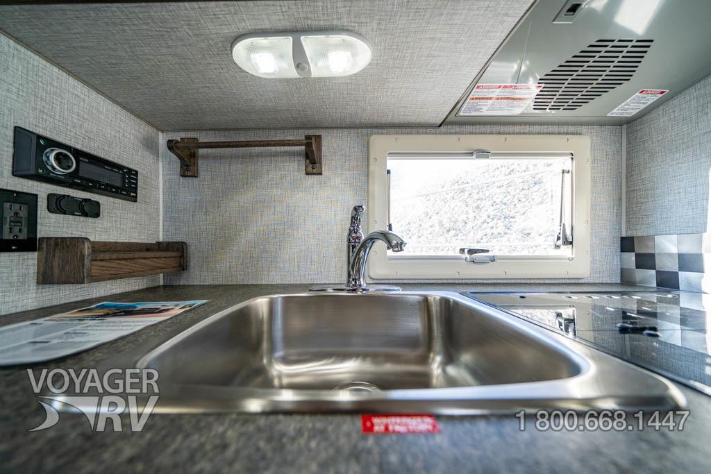 2022 Northern Lite 8.11 EX Wet Bath Limited Edition