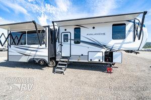 2021 Keystone Avalanche 322RL