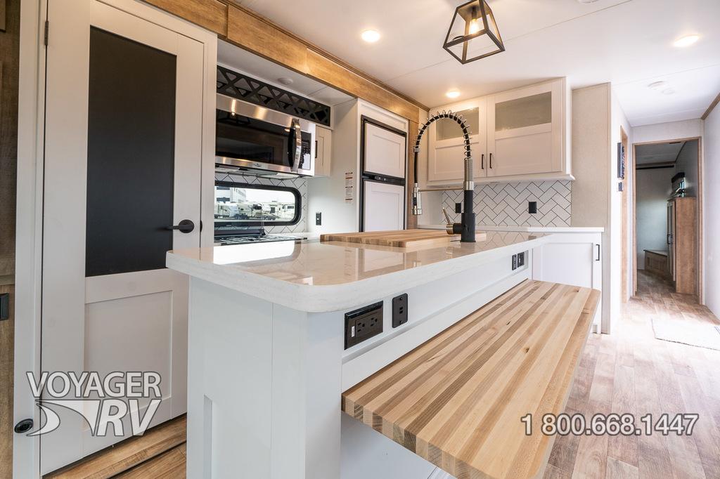2021 Keystone Arcadia 370RL