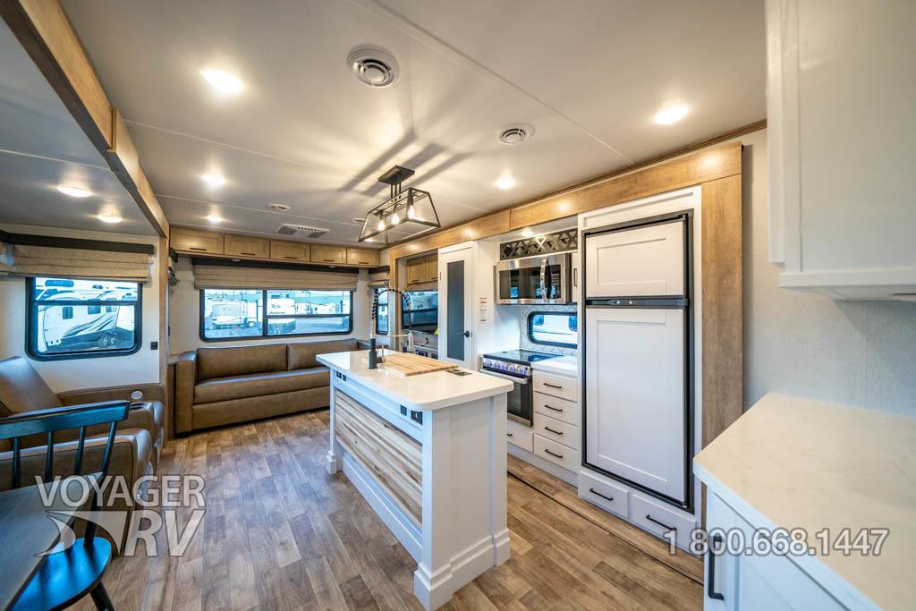 2022 Keystone Arcadia 370RL